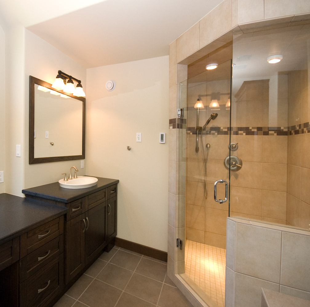 ensuite bathroom design and renovation with large stand up glass shower in barrie ontario