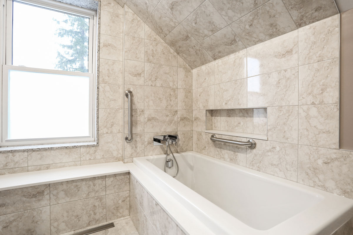 Ensuite bathroom design with soaker tub and separate shower