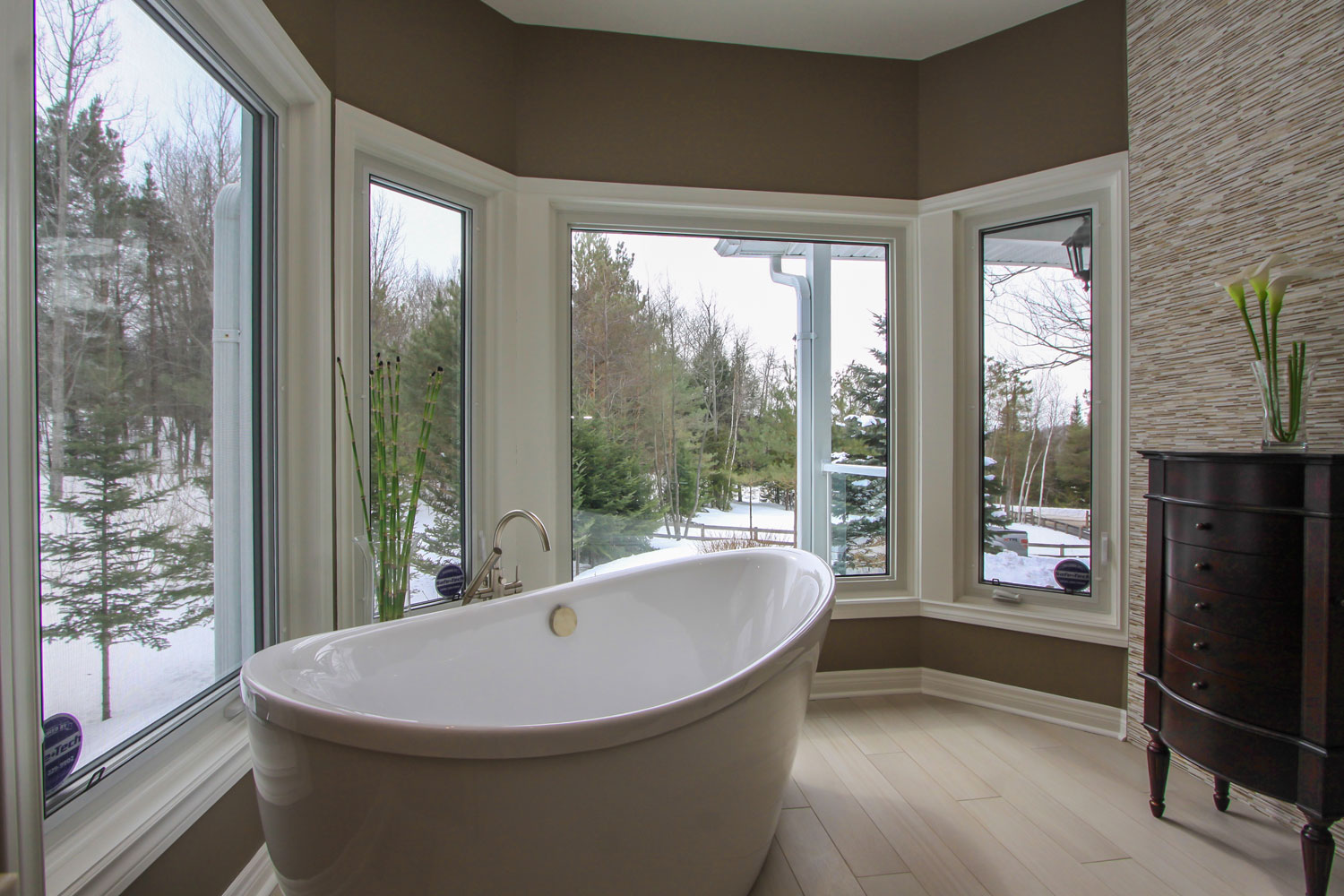 ensuite with freestanding soaker tub - Total Living Concepts barrie ontario
