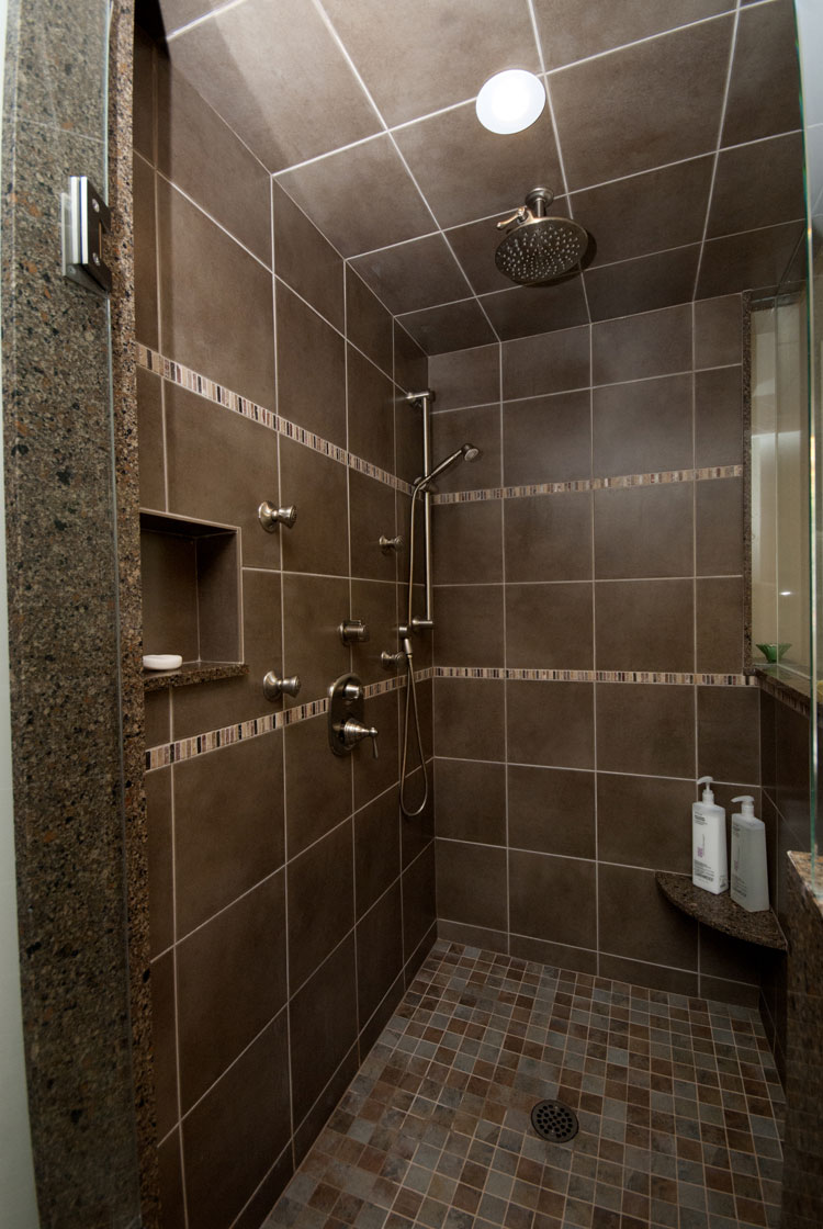 large walkin shower - total living concepts barrie ontario